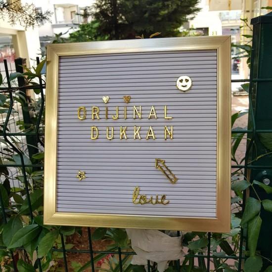 Ahşap Gold Çerçeveli Beyaz Yazı Panosu Tahtası 140 Gold Harfli
