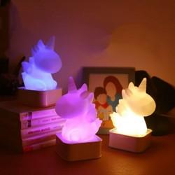 Sese ve Dokunmaya Duyarlı Silikon Unicorn Gece Lambası Renkli